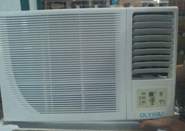 12000btu R32 window air conditioner remote control cool and heat support